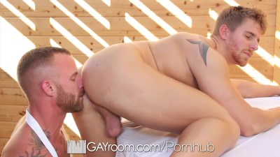 HD GayRoom – Muscle Guy Fucks Friend After BBQ