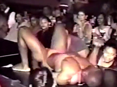 Black Women Grab Hung Strippers Dick In Chicago