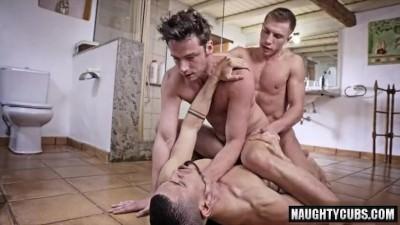 Big Dick Gay Flip Flop And Facial