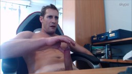 REAL STR8 GUY TRICKED ON SKYPE (Finger His Own Ass And Cum)